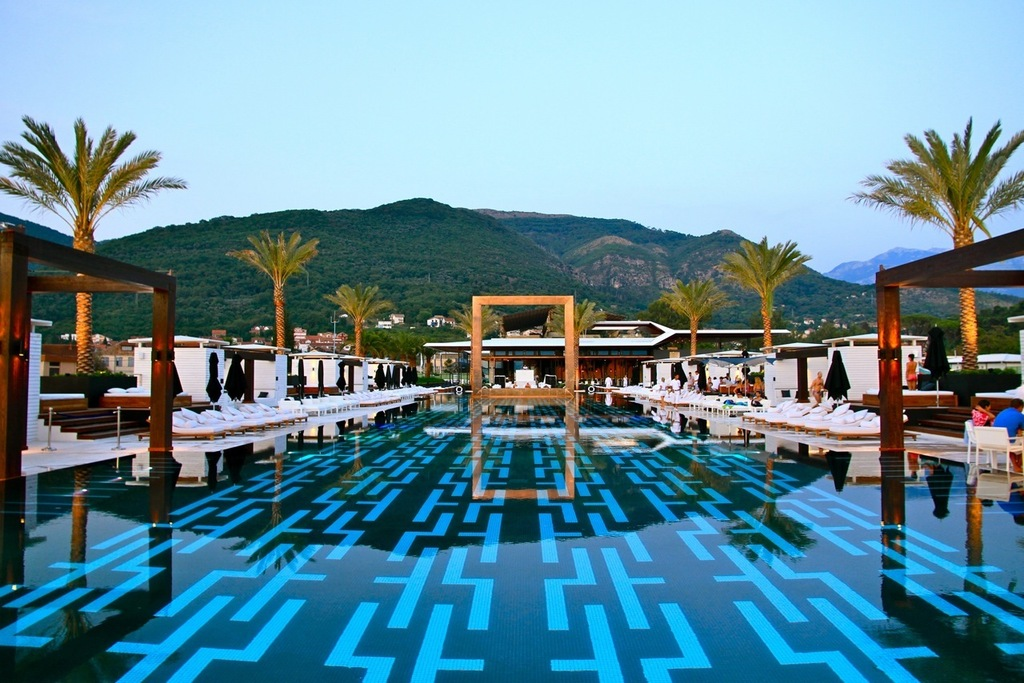 4. Purobeach Pool, Montenegro